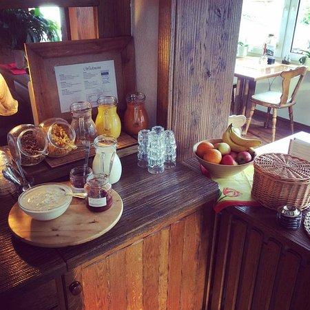 Boedefeld, Germany: Uitgebreid ontbijtbuffet