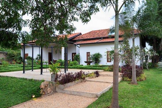 Entrance - Picture of Fox Resorts Jaffna - Tripadvisor