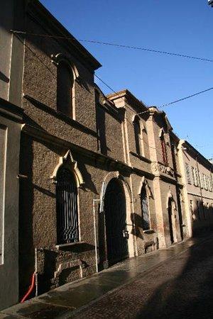 Voghera, Italie : Entrata palazzetto
