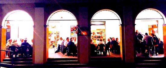 Pegognaga, إيطاليا: Da oggi riapriamo anche il portico per vivere la bella stagione alla grande come solo Tu meriti!