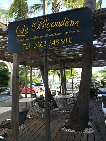 picture of creperie la bigoudene saint gilles les bains tripadvisor. Black Bedroom Furniture Sets. Home Design Ideas