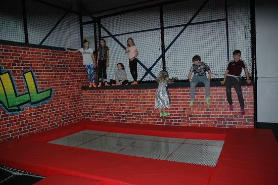 Halloween Party 2017 - Picture of Atmosphere Trampoline Park ... ebbfe4b0bc3a