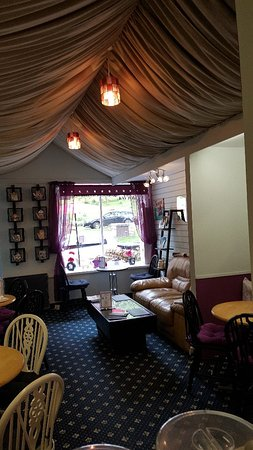 Middleton in Teesdale, UK: Inside Rumours Coffee Shop