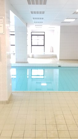 Fournols, Frankrike: piscine du village Azureva