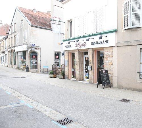 La Pignata : La façade du restaurant