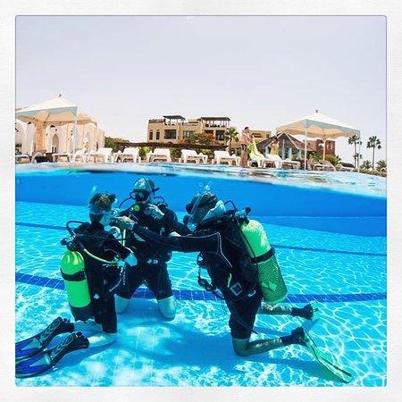 Deep blue dive center akaba jord nia rt kel sek - Deep blue dive centre ...