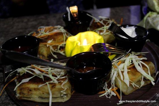 Kanpur Nagar District, India: continental pasta cheese paratha