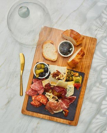 Vana Nava Sky Bar & Restaurant: Mix Cheese Cured Meats Platter