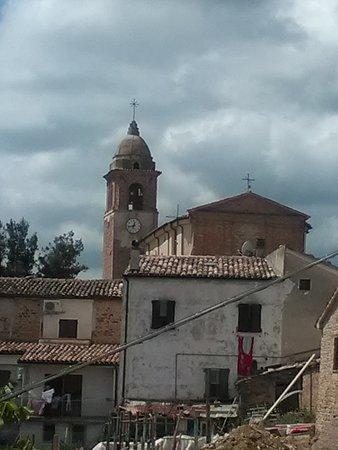 Fratte Rosa, อิตาลี: Panoramica Torre San Marco