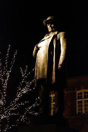 Drewsen Statuen