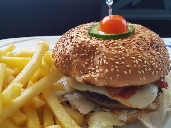 Voluntari, Romania: Burger
