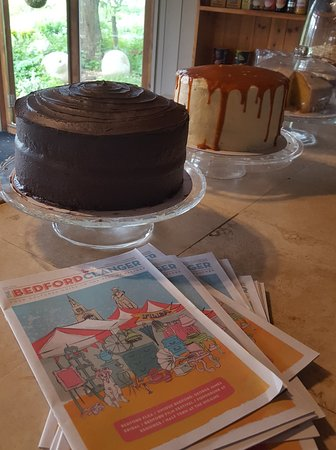 Sharnbrook, UK: More Cake