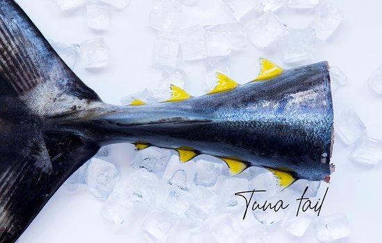 Melkbosstrand, Sydafrika: Fresh Yellow fin Tuna, always a treat
