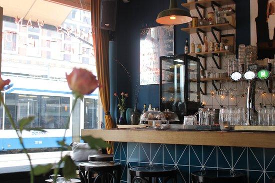Huis van iemand anders amsterdam oude pijp restaurant