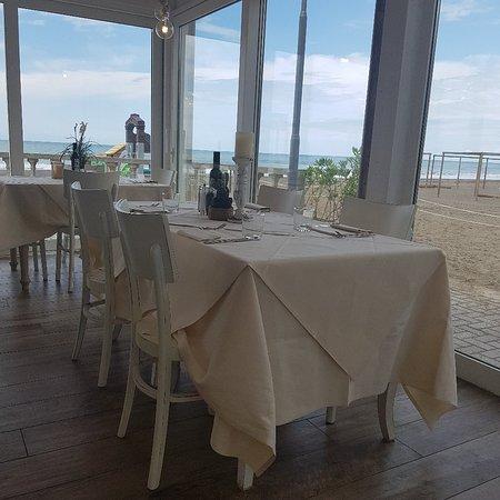 Bagno santa lucia marina di castagneto carducci restaurant bewertungen telefonnummer fotos - Bagno lucia marina di pietrasanta ...