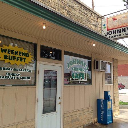 Nebraska City, NE: Johnny's Corner Cafe
