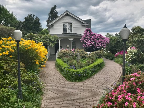 Woodland, WA: Historical home on the grounds