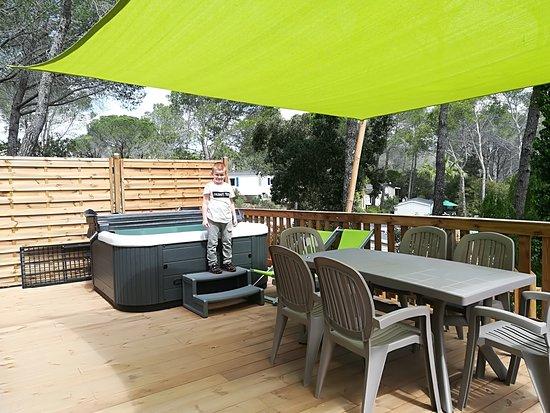 camping 5 toiles frejus var billede af holiday green resort spa fr jus tripadvisor. Black Bedroom Furniture Sets. Home Design Ideas