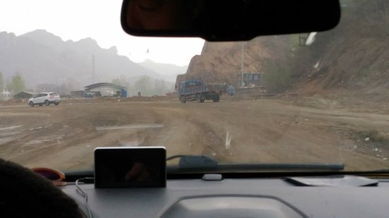 Jinshanling Great Wall: Estrada de Gubeikou para Jinshanling...