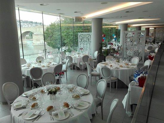 Terraza Picture Of Restaurante Club Nautico Zaragoza