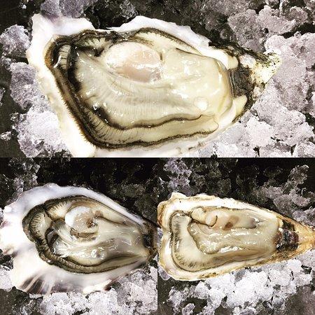 Boulouris, France : Nos huîtres ouverture est offerte