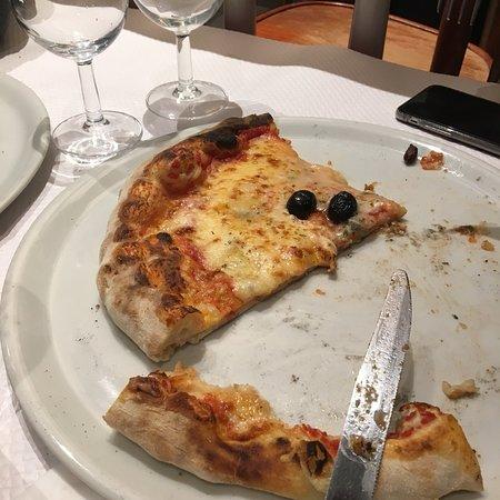 Pizzeria Napoli Chez Nicolo & Franco Morreale: photo0.jpg