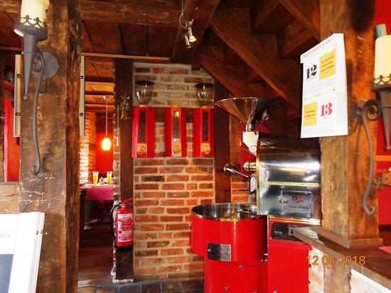 Wspaniałe wnętrze najstarszej restauracji w Middelhagen