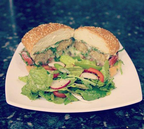 Sumsum:  Super tasty vegetarian burger !!!
