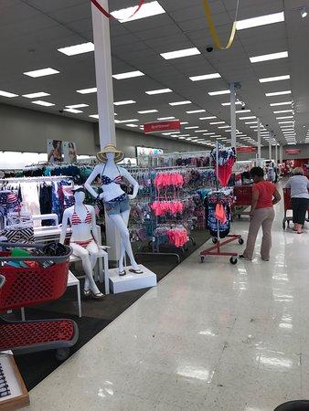 Brentwood, MO: الملابس