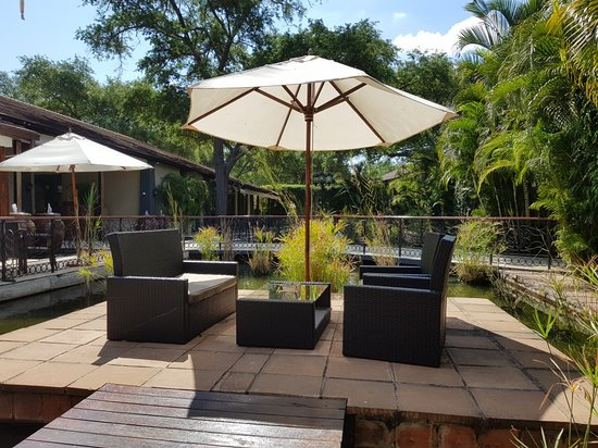 Ndola, Zambia: Protea hotel public areas
