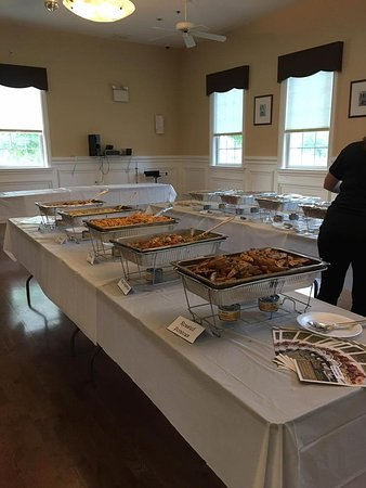 Absecon, NJ: Catering at Four Seasons