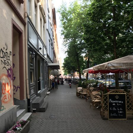 Yours Frankfurt Berger Straße