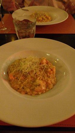 Hollandaise: risoso de camarão (estava divido em 2 pratos)