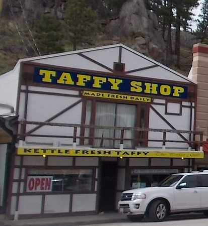 ‪Rushmore Mountain Taffy Shop‬