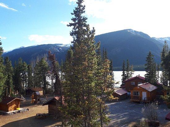 Muncho Lake, كندا: 20180510_191206_large.jpg