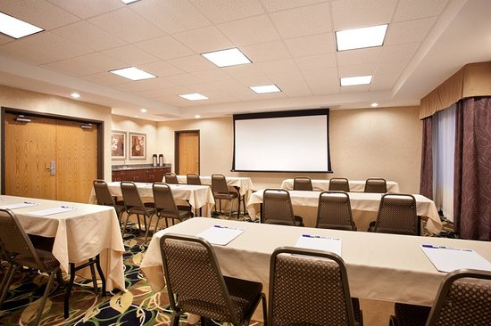 Peru, IL: Meeting room