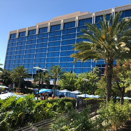 DISNEYLAND HOTEL - Updated 2018 Prices & Reviews (Anaheim