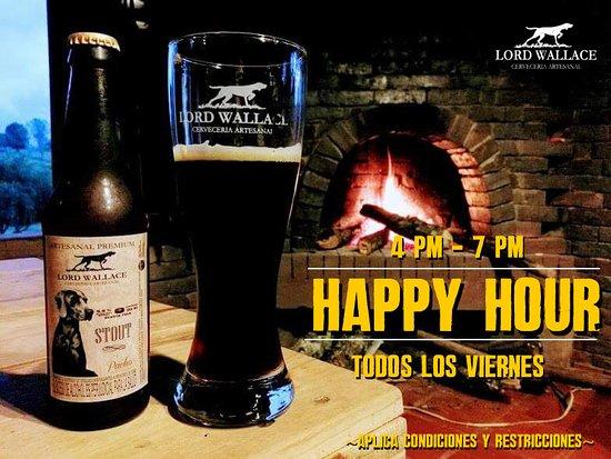 Pacho, Colombia: Viernes de  Hora Feliz para compartir con amigos y familiares