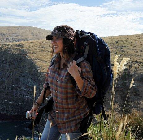 Akaroa, نيوزيلندا: Banks Track: Walking on Banks Peninsula's wildside.