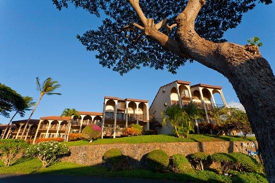 Aston Maui Hill: Exterior