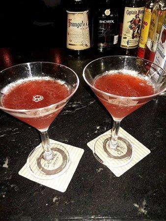 Sakura Sunset: martinis cosmopolitan