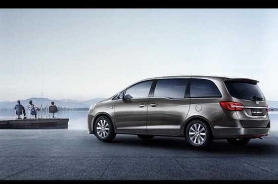 Shanghai Pudong International Airport Transfers by Buick GL8