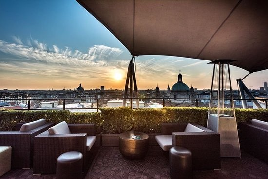 Hotel dei cavalieri updated 2018 prices reviews milan for Milano rooftop bar