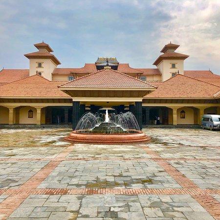 伝統的なネパール様式のホテル!