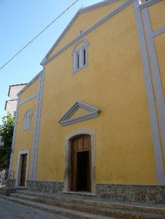 Facciata della chiesa di San Nicola di Bari in Ascea