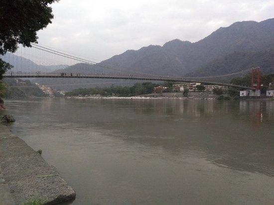 Ram Jhula: Laxman jhula and Ganges in Rishikesh