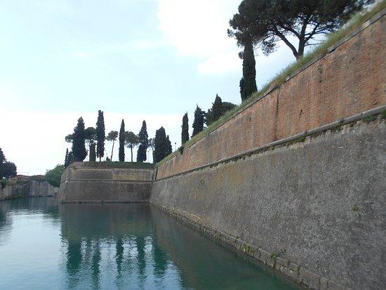 mura e acqua, Peschiera del Garda