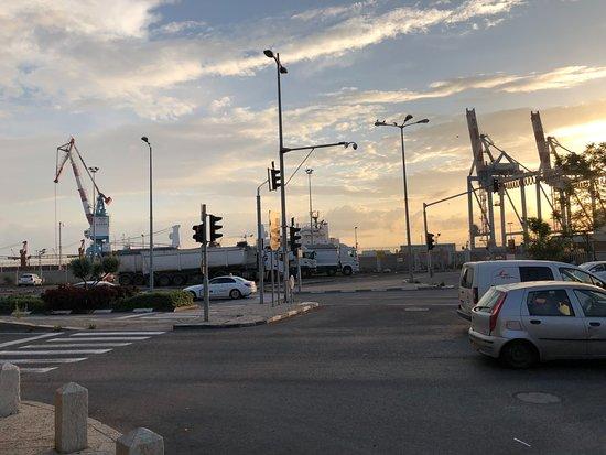 נמל חיפה: Haifa Port