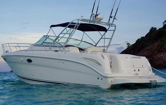 Boat Monty Charter