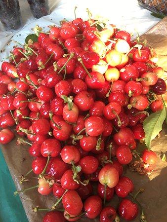 Sirince, Turkey: cherry